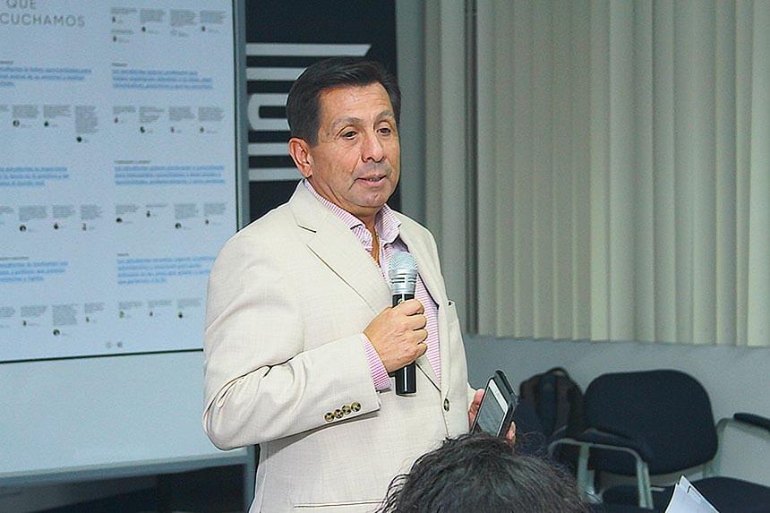 Fernando Barrios Ipenza: mejorar la gestión pública para impulsar centro